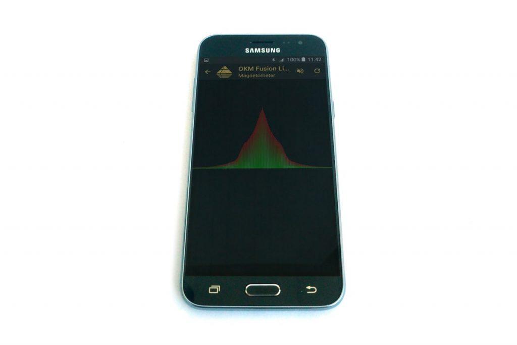 fusion-light-detail-app-magnetometer-min